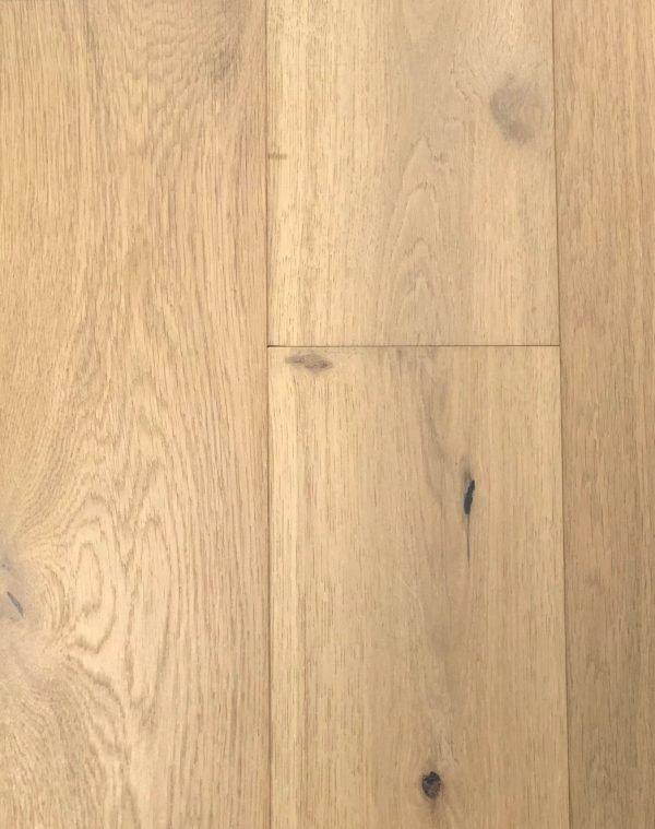 European White Oak - Engineered Hardwood - Lightly Wire Brushed - CF1031925