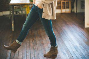 girl, jeans, denim-925635.jpg